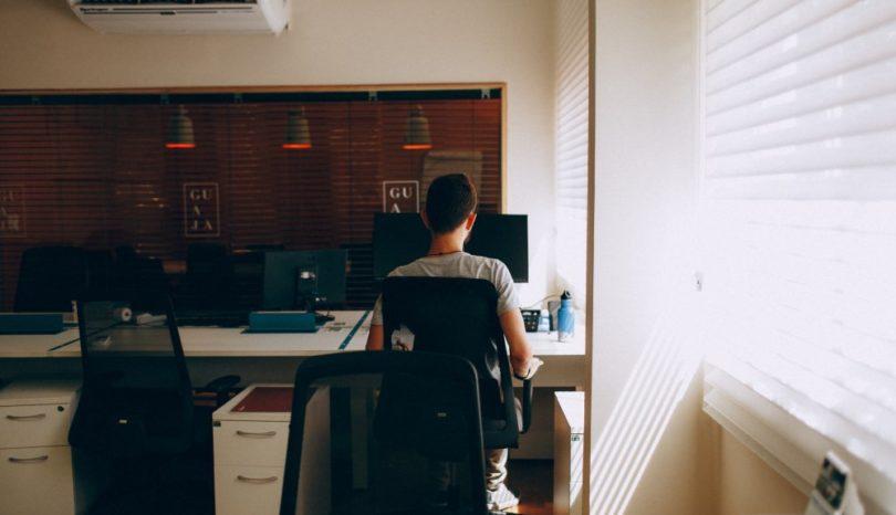 Herman Miller Setu, en smart kontorsstol som formar sig efter kroppen